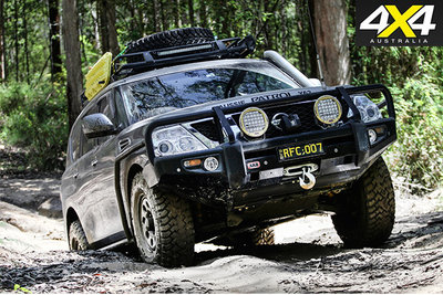 custom-4x4-y62-nissan-patrol-four-wheel-driving.jpg